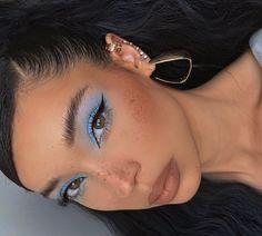 Elongated cat eye makeup inspiration thread Elon … – foodideas – Most readily useful eye … Eye Makeup Designs, Eye Makeup Art, Blue Eye Makeup, Cute Makeup, Pretty Makeup, Skin Makeup, Blue Eyeliner, Simple Eye Makeup, Daily Makeup