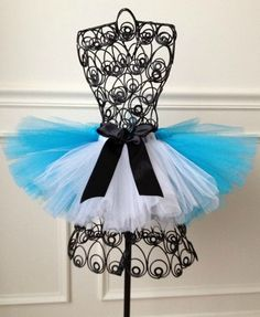Alice in Wonderland tutu, Alice tutu, birthday tutu, cake smash tutu, tea party tutu.