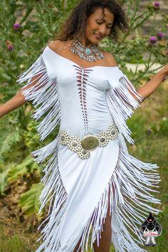 Fringes dress bohemian chic cut out and braided AURA / Festival / Burning Man / Afrikaburn/ Ibiza / White / Black / Dancewear / Sexy Boho Chic, Hippie Chic, White Fashion, Unique Fashion, Native American Girls, Wedding Braids, Fringe Fashion, Fringe Dress, Festival Dress