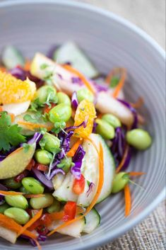 A refreshing Asian pear salad with orange ginger dressing is a healthy and delicious side dish! Crisp vegetables and pears tossed in a sweet tangy dressing. Salad Recipes Video, Summer Salad Recipes, Healthy Salad Recipes, Summer Salads, Meal Recipes, Pear Salad, Orange Salad, Granny Smith, Mozzarella Salad