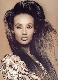 "Vogue Paris September 1988 ""Les Nuits D'Iman"" Model: Iman ph: Andrew MacPherson Supermodel Iman, Iman Model, Vogue Paris, Iman And David Bowie, Black Supermodels, Female Models, Women Models, Top Models, Black Models"