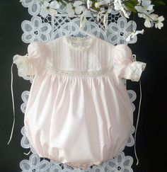 Sewing Kids Clothes, Baby Sewing, Smocked Baby Dresses, Flower Girl Dresses, Little Girl Outfits, Kids Outfits, Baby Outfits, S Girls, Baby Girls