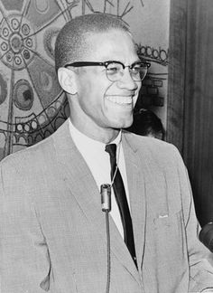 Malcolm X would have been 94 years-old today. You might be interested in The Best Resources For Learning & Teaching About Malcolm X. Brother Malcolm would have been 94 years-old today. Civil Rights Leaders, Civil Rights Movement, Zooey Deschanel, John Kennedy, Black Power, Perfume Carolina Herrera, Sunglasses For Your Face Shape, Cabello Zayn Malik, Human Rights Activists