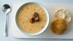 Slow Cooker Beer and Cheese potato Soup