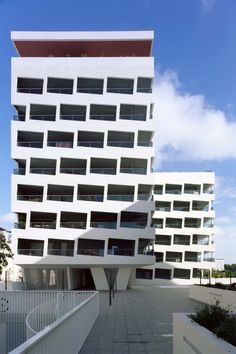 Logements ZAC Port Marianne   Montpellier, France   ECDM Architectes   photo by Benoit Fougeirol