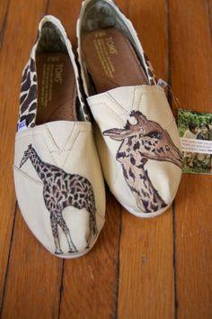 Giraffe Printed Giraffe Custom TOMS Shoes
