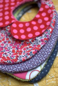 bib with a collar - made by froufrouetcapu For the nieces to come? Or perhaps future little one for me.