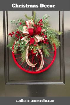 Christmas Wreaths For Windows, Outside Christmas Decorations, Easy Christmas Crafts, Christmas Bows, Holiday Wreaths, Christmas Gifts, Xmas, Tree Topper Bow, Diy Wreath
