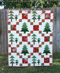 2019 Fir Good Measure Christmas Mystery Quilt (Fort Worth Fabric Studio) Source by yknight and me ideas Christmas Quilt Patterns, Quilt Block Patterns, Christmas Patchwork, Christmas Tree Quilt Pattern, Quilt Blocks, Mystery, Winter Quilts, Patchwork Quilting, Scraps Quilt