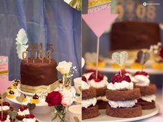 Black-Forest-Cherry-Weddingcake-und-Schokokirschtörtchen-Sweet-Table-Hochzeit