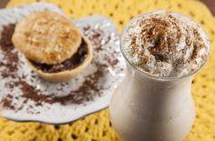 Já começou a 10 edição do Brasil Sabor, o maior festival gastronômico do país! O @pedicafe participa com a tentadora empada de chocolate com castanha-do-pará e o delicioso chai gelado de maçã com canela.  Vem experimentar!!  De 15 de maio a 14 de junho!!!   Foto: Rogério Neves #pedicafe #brasilsabor #brasilsabor2015 #festivalgastronomico #cafe #chai #coffee #abrasel #curtapiri #vempropedicafe #vemprapiri