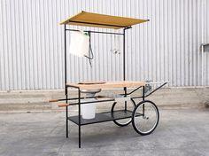 Mobile kitchen Q-CINA By Officine Tamborrino design MoMAng, MoMAng Design Source by satomao… Kiosk Design, Booth Design, Retail Design, Store Design, Outdoor Kitchen Bars, Outdoor Food, Outdoor Kitchen Design, Kitchen Designs, Kitchen Layout