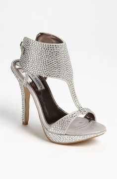 WOW, WOW, AND WOW!  THIS IS A BAD SHUT YOUR MOUTH SHOE BY Steve Madden at #Nordstrom!