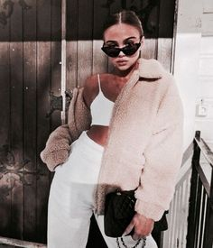 Shared by Konstantina. Find images and videos about fashion, street style and girl on We Heart It - the app to get lost in what you love. Winter Outfits, Casual Outfits, Cute Outfits, Fashion Outfits, Fashion Trends, Fashion Ideas, Passion For Fashion, Love Fashion, Womens Fashion