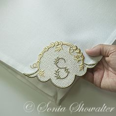 Linen Corner Blank: Sonia Showalter