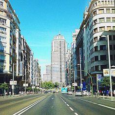 #Madrid #GranVia #Sunny #Sol #Azul #Calle #Street# Line #PlazadeEspaña #Building #Tourism #Me #AunionCreatividad ©www.aunioncreatividad.com