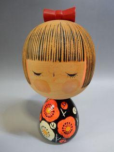 """Japanese Sosaku Kokeshi Wooden Doll Plum Flower Rare Artist Signed H12.5cm 5"""""""