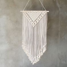 LARGE macrame wall hanging. Minimalist and modern. So STYLISH! Size: wooden stick: 65 cm (25,6'') length of woven – from top of wood to bottom of fringe: 92 cm (36,2'') 100% handmade NATURAL cotton cord We ship WORLDWIDE! Shipping to Europe normally takes 5-8 working days, to US, Canada