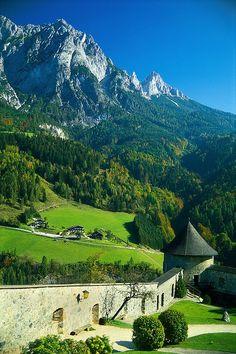 Burg Hohenwerfen, Salzburg, Austria || Get more travel inspiration for Austria at http://www.holidaystoeurope.com.au/home/resources/destination-articles/austria