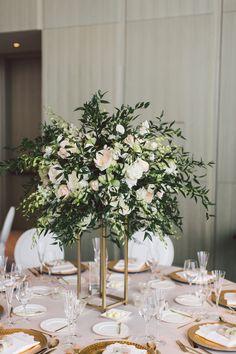 Love these lush floral centerpieces. | Photography: Purple Tree Photography | Floral Design: John Costa Design | #fourseasons #Toronto #weddings #fsweddings #tablescape #summerwedding #summer #weddingflorals #floral