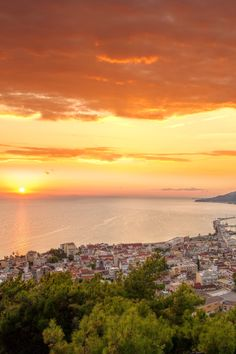 During your stay at Paliokaliva village, one of the - definitely go to - places is Zante's town. Zakynthos, Summer Fun, Good Times, Island, Explore, Sunset, City, Places, Outdoor