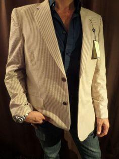Alan Flusser Mens Blazer Jacket Sport Coat NEW Beige Tan Seersucker Striped Tan Blazer, Blazer Jacket, Blazers For Men, Seersucker, Sport Coat, Hugo Boss, Mens Fashion, Beige, Chic