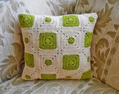Resultado de imagen para como hacer un cojin tejido