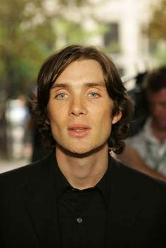 Photo of cillian ^_^ for fans of Cillian Murphy. Pretty Men, Pretty Boys, Happy Pictures, Happy Pics, Sarah Dunn, Cillian Murphy Peaky Blinders, Blue Eyed Men, Cartoon Tv Shows, Beautiful Blue Eyes