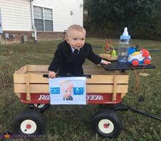 My son Draken is wearing this costume and we decided to go with the Boss Baby because many people have told us that they look just alike! They are practically twins. The costume is a baby suit and dress shoes with a wagon desk. Halloween 2018, Cute Kids Halloween Costumes, Baby Halloween Outfits, Halloween Costume Contest, Halloween Parties, Diy Halloween, Costume Ideas, Boss Baby Costume, Baby Owl Costumes