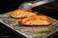 These easy grilled salmon recipes are my most popular. Salmon is a great fish for the grill and these salmon recipes are the best.: Salmon with Dill and Lemon Fish Dishes, Seafood Dishes, Seafood Recipes, Cooking Recipes, Grill Recipes, Cooking Tips, Dinner Recipes, Barbecue Recipes, Party Recipes