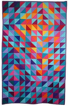 Love the colors in this HST quilt!