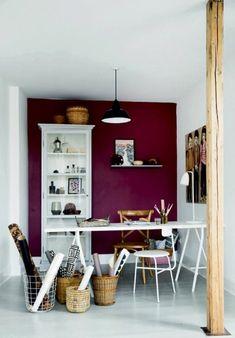 accents muraux de prune couleur, quelle peinture pour les murs