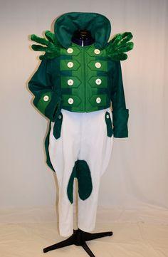 Gatekeeper - green fleece, long sleeve green tshirt, glued on gold felt buttons, Christmas garland for standup epaulets, gloves from buzz lightyear pattern, standup ruff