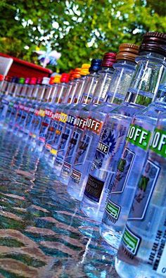 Smirnoff illuminated bottle display - pick your favorite and enjoy! Teen Drinks, Alcohol Aesthetic, Smirnoff, Absolut Vodka, Alcohol Bottles, Applis Photo, Partying Hard, Getting Drunk, Party Drinks