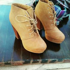 ❄⛄❄Falling in love winter bootie❄⛄❄ Brand new  Never been worn Comes in original box No trades  Price firm Shoes Platforms