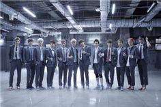 "SM True เปิดให้จองอัลบั้มรีแพ็คเกจ ""Growl"" ของ 12 หนุ่มสุดฮอต แห่งวง EXO แล้ว  อ่านรายละเอียดเพิ่มเติม http://www.newsisasia.com/news/view.asp?idx=1784"