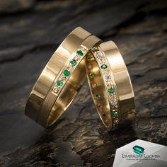 Mens Band Rings, Rings For Men, Wedding Venue Decorations, Wedding Venues, Couple Rings, Dresses Kids Girl, Cartier Love Bracelet, Bangles, Bracelets