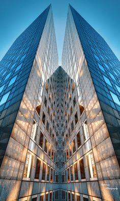 La Défense. Paris by Sebdows Photography...does this ever look like an ancient Egyptian pharoah~