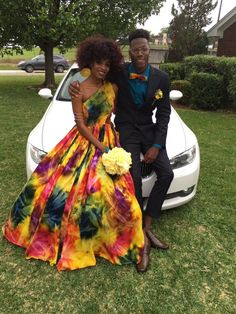 Tye dye n wedding colors: white, purple, blue Prom Pictures Couples, Homecoming Pictures, Prom Couples, Dip Dye Dresses, Prom Dresses, Formal Dresses, Rainbow Wedding Dress, Prom Poses, How To Tie Dye