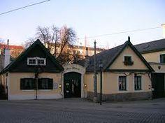 1160 Wien Ottakring 'Alter Ort' Heuriger Travelogue, Vienna, Austria, Germany, Mansions, House Styles, City, Switzerland, Home Decor