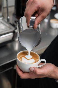 ¿Gustas de un con leche espumoso en Venezuela?