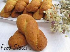Κουλουράκια νηστίσιμα (αφράτα) - Food States Greek Sweets, Greek Desserts, Greek Recipes, Vegan Recipes, Scones Vegan, Greek Cookies, Pastry Cake, Nutella, Baked Goods