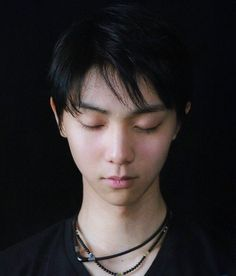 "104 curtidas, 1 comentários - @yess_yuzu no Instagram: ""#yuzuruhanyu ⭐️ Wishing Yuzuru health (physical and mental) in the run up to and during the…"""