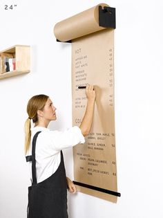 I want this paper roll set up so badly!