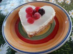 cuoricino fresco - base per torta fredda (biscotti tritati finemente) e panna cotta