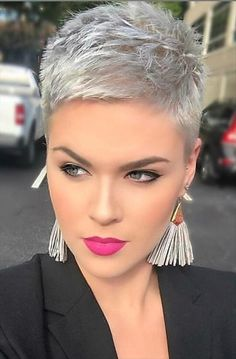 Trendy short pixie haircut design for woman, hot and chic this summer! - Latest Fashion Trends For Woman Super Short Hair, Short Grey Hair, Short Hair Cuts For Women, Short Hairstyles For Women, Long Hairstyles, Wedding Hairstyles, Hairstyle Short, Updo Hairstyle, Grey Pixie Hair