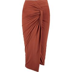 Donna Karan New York Ruched sretch-jersey skirt (€330) ❤ liked on Polyvore featuring skirts, brick, jersey knee length skirt, red knee length skirt, shirred skirt, knee length skirts and gathered skirt