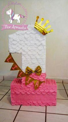 Piñata Birthday Pinata, Birthday Cake Girls, Birthday Diy, Birthday Balloons, Unicorn Birthday, Unicorn Party, 1st Birthday Parties, Princess Birthday Party Decorations, Care Bear Party