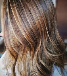 Stunning hair color ideas of caramel brown hair for different layered haircuts 2017 2018. Apply this unique hair highlights to get most amazing hair effect.