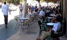 ظاهرة احتلال الملك العمومي تؤرق المواطنين في الدار البيضاء: تفشت ظاهرة احتلال الملك العمومي على مستوى الشوارع الرئيسية، وبعض المحلات…